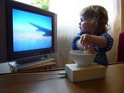 should toddlers watch tv essay In this essay, i will look at both positive and negative sides that tv effects on children's life let's begin by looking at the advantages of watching tv one of the main positives is that tv offers a wide range of entertainment for children in their free time.